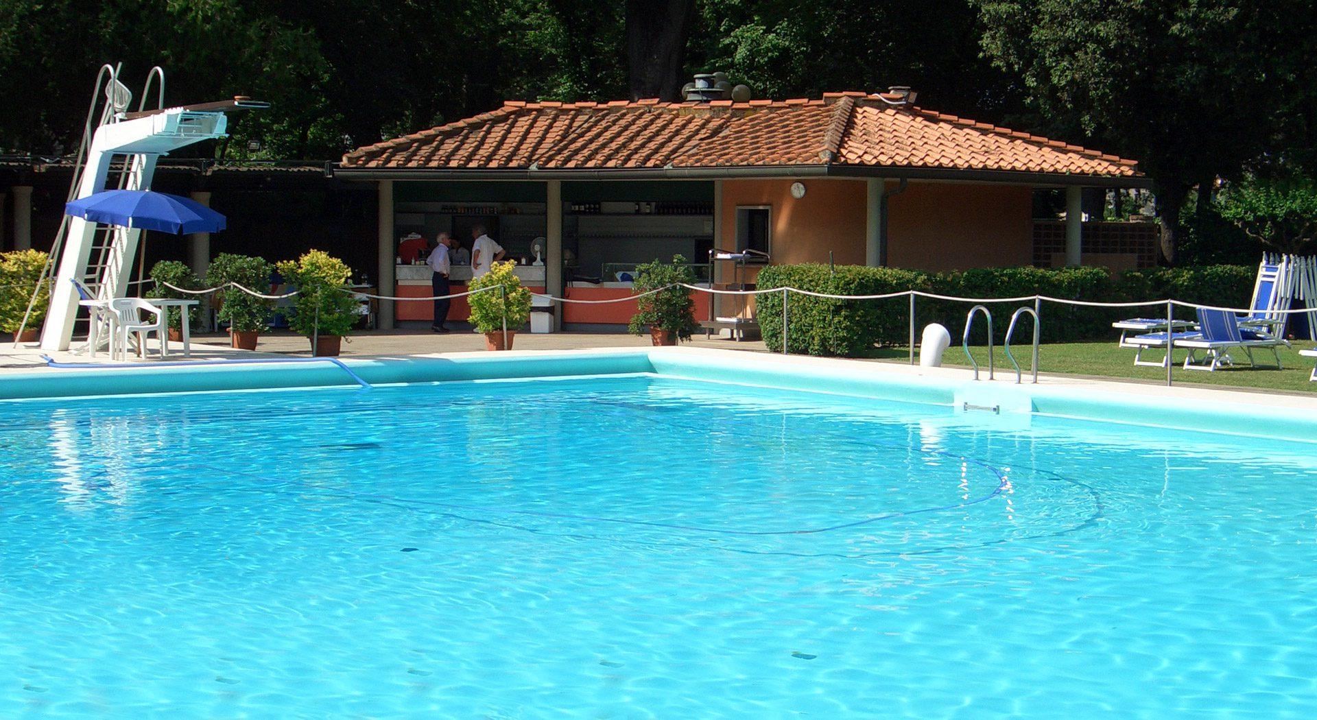circolo_tennis_firenze_piscina